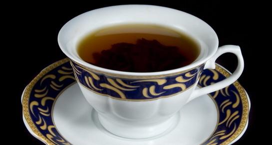 Šalica čaja – cista na dojci