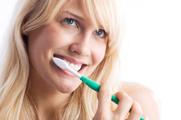 Tinktura od petoprste sprečava parodontozu