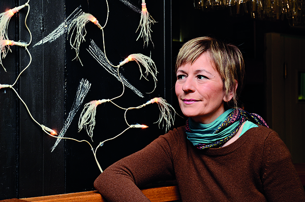 Ana Ugarković  - Žena koja širi vidike