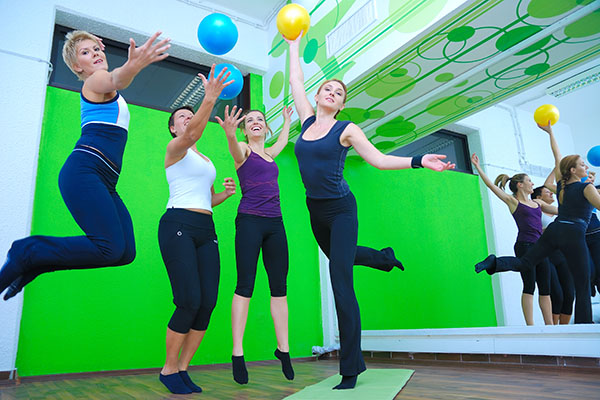 Dvije jednostavne vježbe koje ispravljaju nepravilno držanje