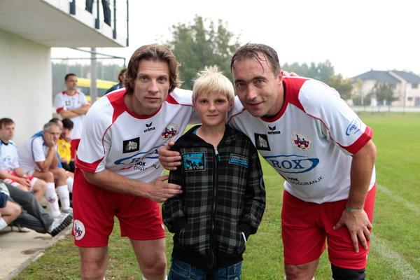 Humane zvijezde igrale nogomet za SOS dječje selo Lekenik