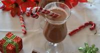 Vruća lješnjak čokolada za hladne zimske noći