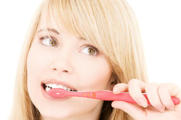 Treba li nam izbjeljivanje zuba?