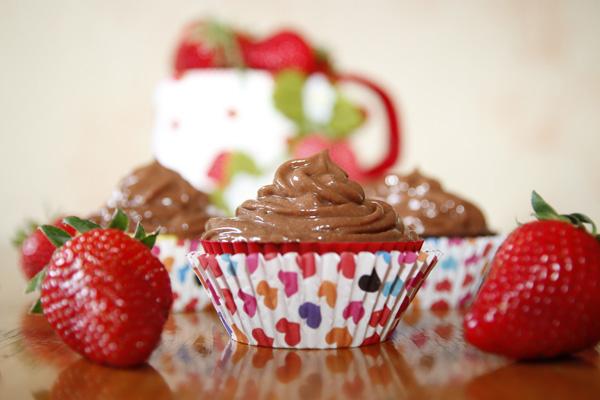 Čokoladni mousse s jagodama