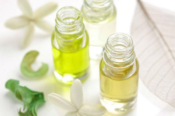 Parfemoterapija ili zašto nositi prirodne parfeme?