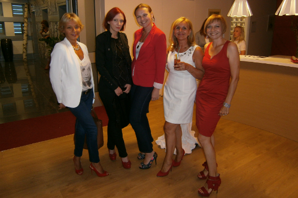 Klub crvenih cipela - za odvažan korak