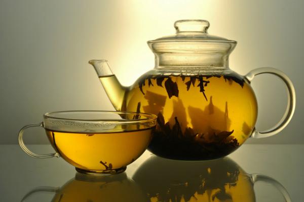 Zašto je dobro piti čajeve?