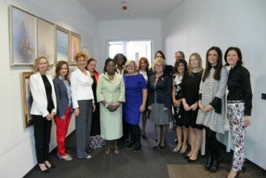 Nužno su nam potrebne ženske kvote u gospodarstvu i politici