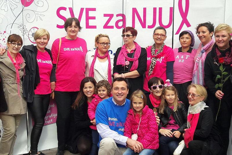 Akcijom Zastani obilježen Mjesec borbe protiv raka dojke
