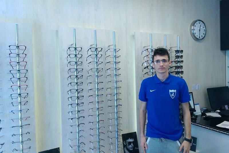 Optika Birk rješava i najsloženije probleme izrade i popravka naočala