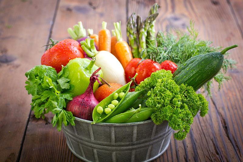 Veganstvo, sirova hrana ili meso? Spoznaje iz vlastitog tanjura…