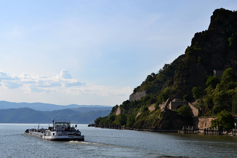 Na lijepom zelenom Dunavu