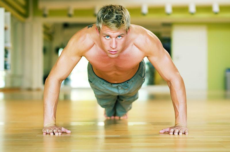 Kako dobiti pločice na trbuhu: 7 vježbi za apsolutne početnike