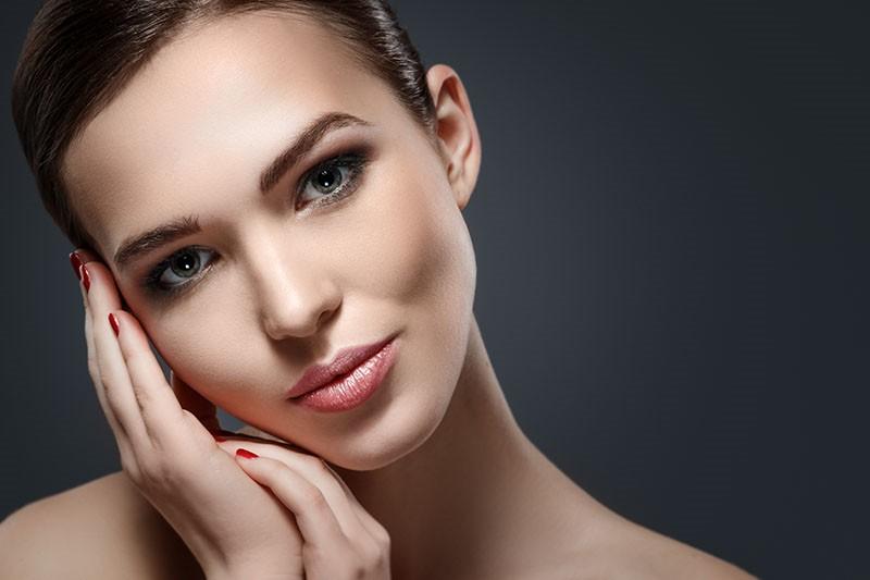 Prirodna dekorativna kozmetika je apsolutno IN!