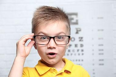Za rano otkrivanje strabizma važni su pregledi vida