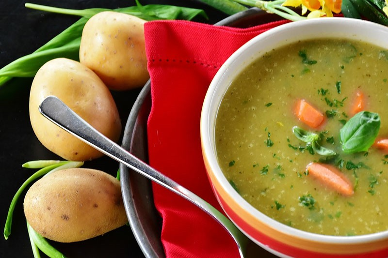 Krepka iscjeljujuća juha - idealan recept za zimske dane