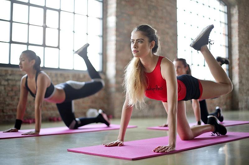 20-minutna rutina za vježbanje koja će razgibati i pokrenuti cijelo tijelo
