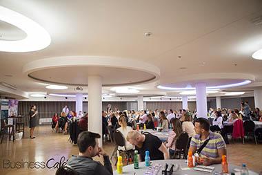 47. Business Cafe u Zagrebu – Živjeti i prodavati punim