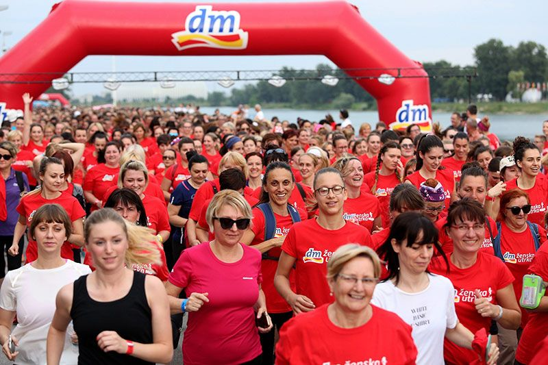 U najvećoj dm ženskoj utrci do sada trčalo je  7.880 sudionika