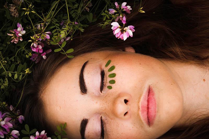TOP 5 eteričnih ulja koja brišu glavobolje i migrene