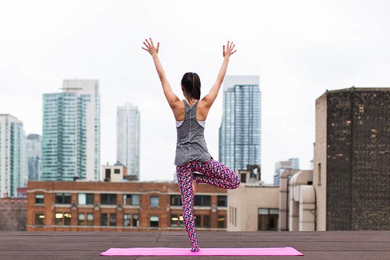 Pet načina kako nam joga može pomoći vratiti energiju
