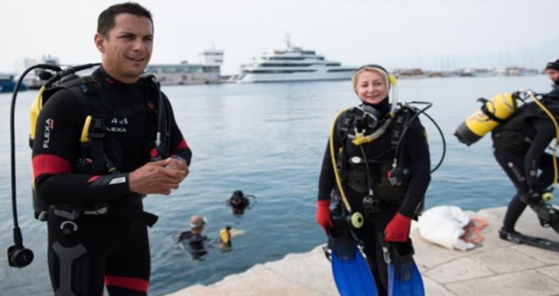 Mario Valentić pridružio se roniocima u velikoj akciji čišćenja mora u Rijeci