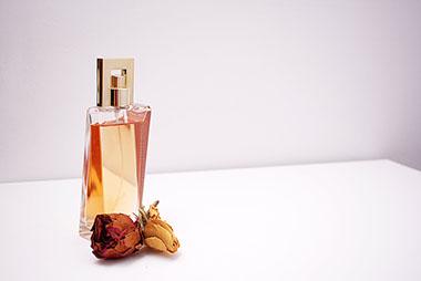 Prirodni parfemi pronašli svoje mjesto u poznatom parfemskom