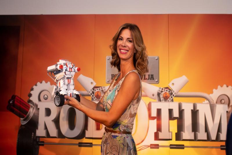 Obitelj na okupu uz Tele2 & Mi Robot Builder – predstavljen prvi puta u Hrvatskoj