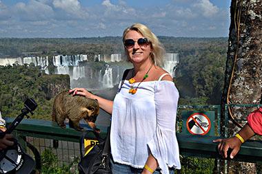 Plavuša u Brazilu: Foz do Iguaçu - grad