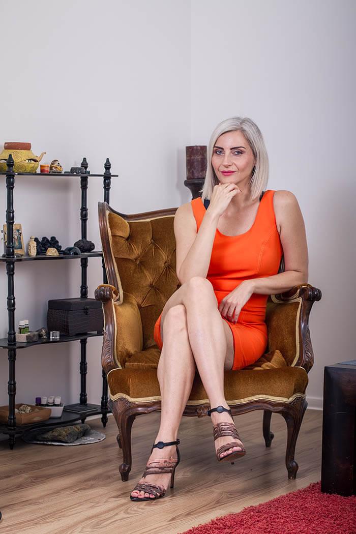 Sanja Tatalović: Žene, prestanite toliko promišljati život, radije mu se čuvstveno prepustite!