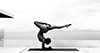 Nude Yoga Girl: Umjetnica koja nas uči