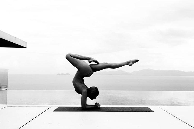 Nude Yoga Girl: Umjetnica koja nas uči zašto je važno voljeti svoje tijelo