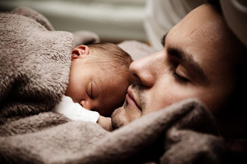 Za novopečene mame i tate nema spavanja i do 6 godina