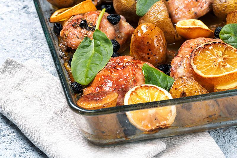 Sve u jednom potezu: Pečena piletina na mediteranski način