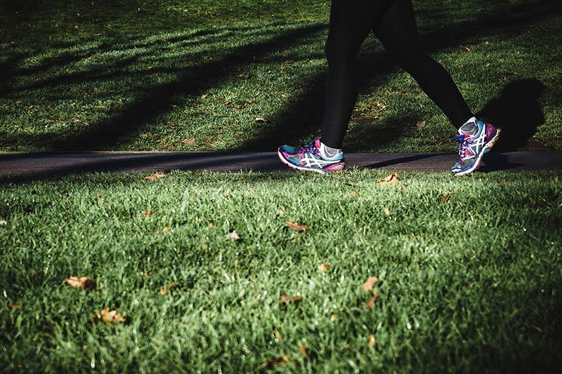 Ako brzo hodate, mogli biste poživjeti 15-20 godina duže