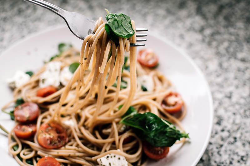 Brza tjestenina iz jednog lonca – jer nitko ne voli sudoper pun suđa