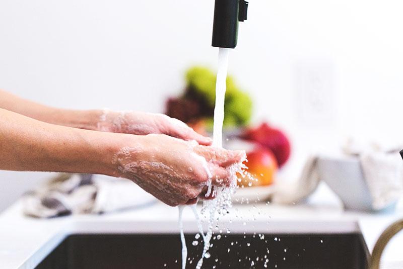 Za blistav dom: 7 receptura za ekološko čišćenje kuhinje i kupaonice