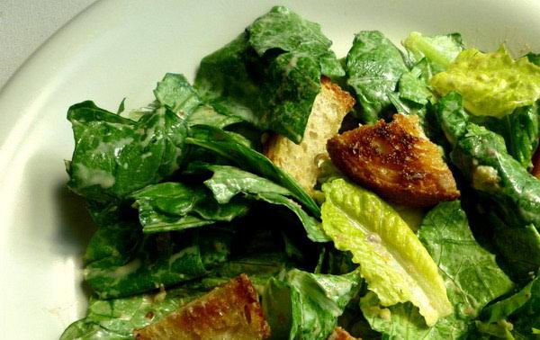 Cezar salata - osvježavajući ljetni zalogaj