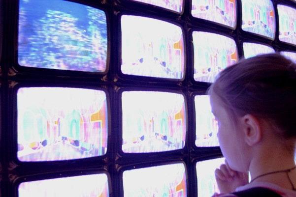 Djeca i televizija - više štete nego koristi