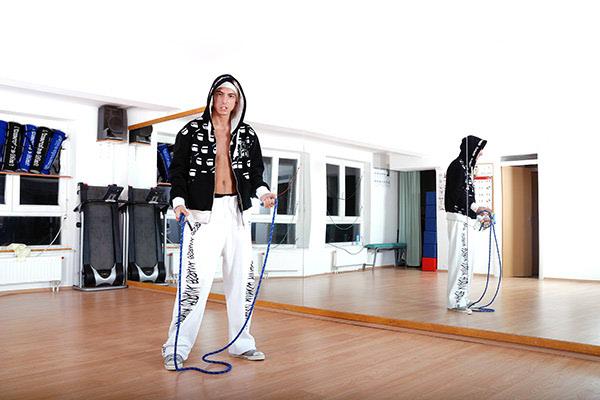 Budite fit i kod kuće - preskačite uže!
