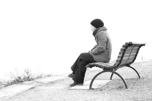 Usamljeni ste? Prizovite i zadržite nove prijatelje