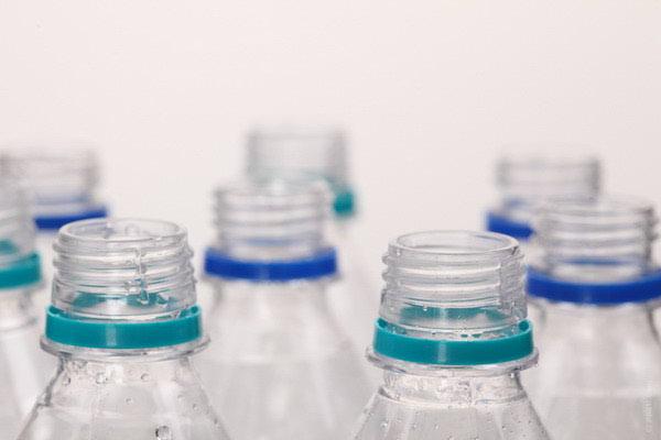 Što znače oznake na plastičnim bocama?