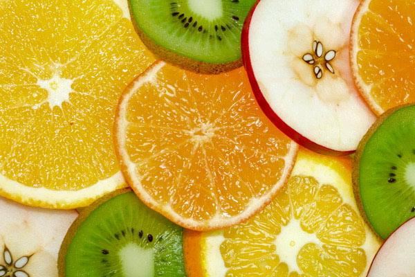 Kada i kako jesti voće?
