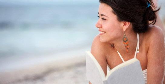Što se čita na plaži ove godine?